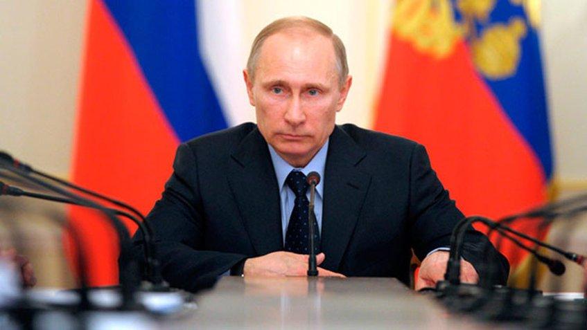Putin vota por internet en primera jornada de elecciones legislativas