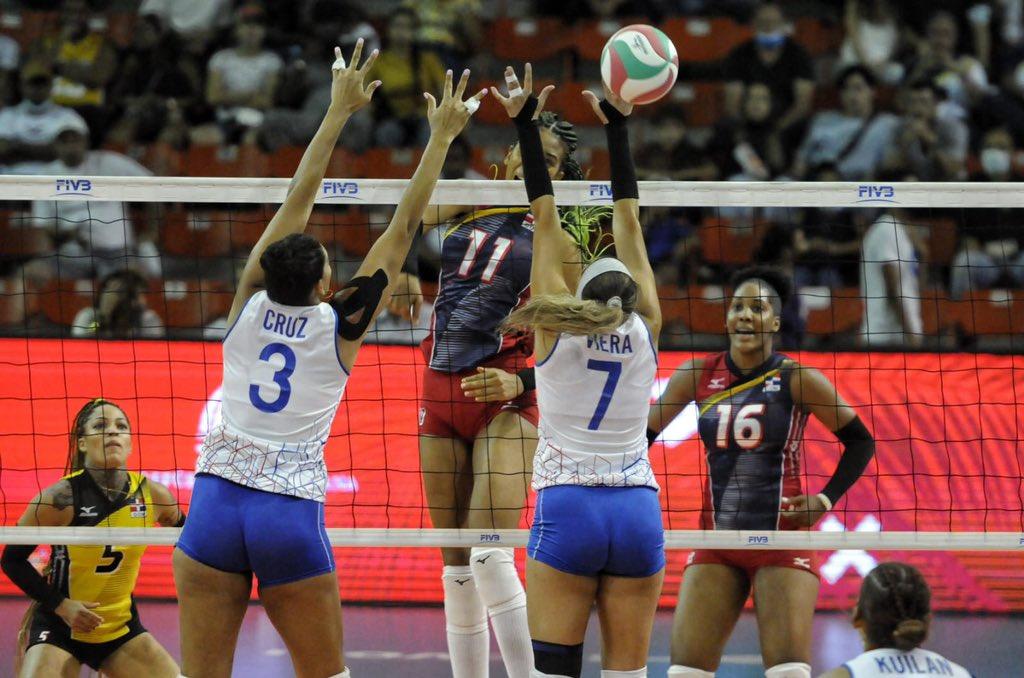 Las Reinas del Caribe invictas en Copa Panamericana de Voleibol